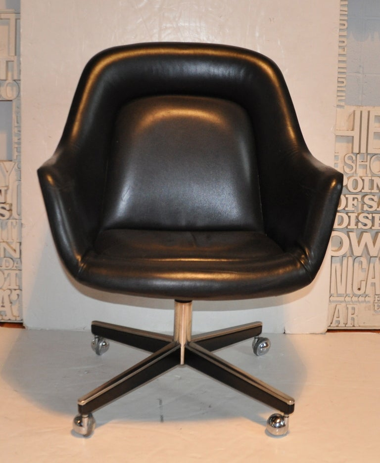 Exceptional Leather Desk Chair - Max Pearson 4