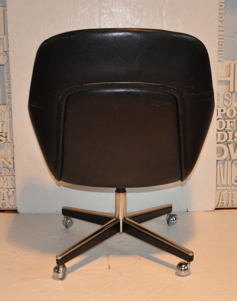 Exceptional Leather Desk Chair - Max Pearson 5