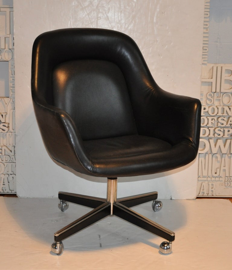 Exceptional Leather Desk Chair - Max Pearson 2