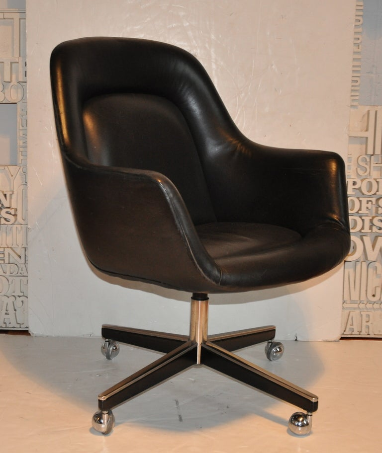 Exceptional Leather Desk Chair - Max Pearson 3