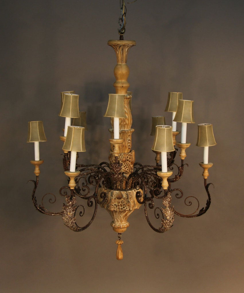 Large italian hand carved wood and wrought iron chandelier for Wood pendant chandelier