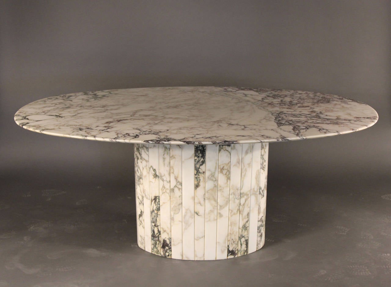 gorgeous carrara marble oval dining table italian at 1stdibs. Black Bedroom Furniture Sets. Home Design Ideas