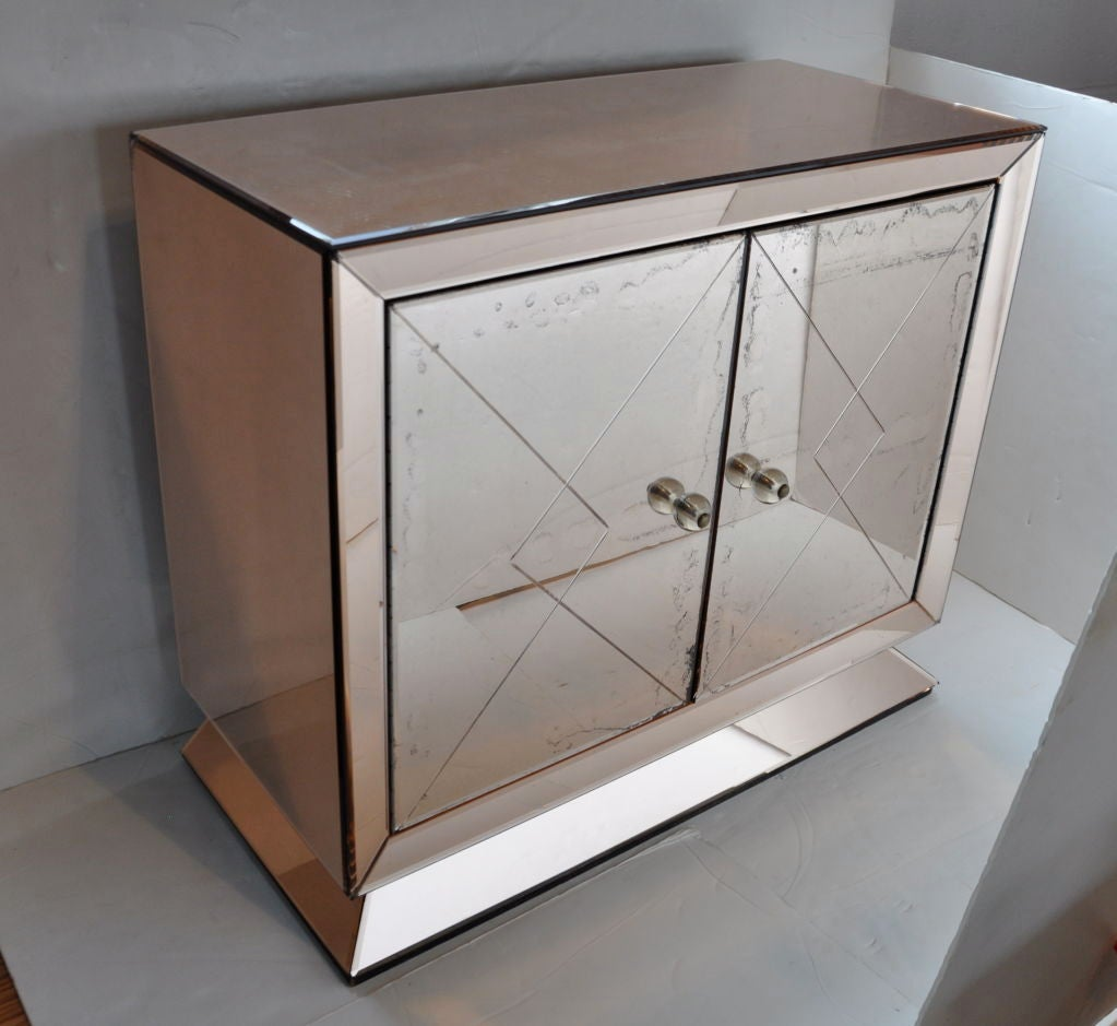 Mirrored cabinet france at 1stdibs for Chinese furniture norwalk ct