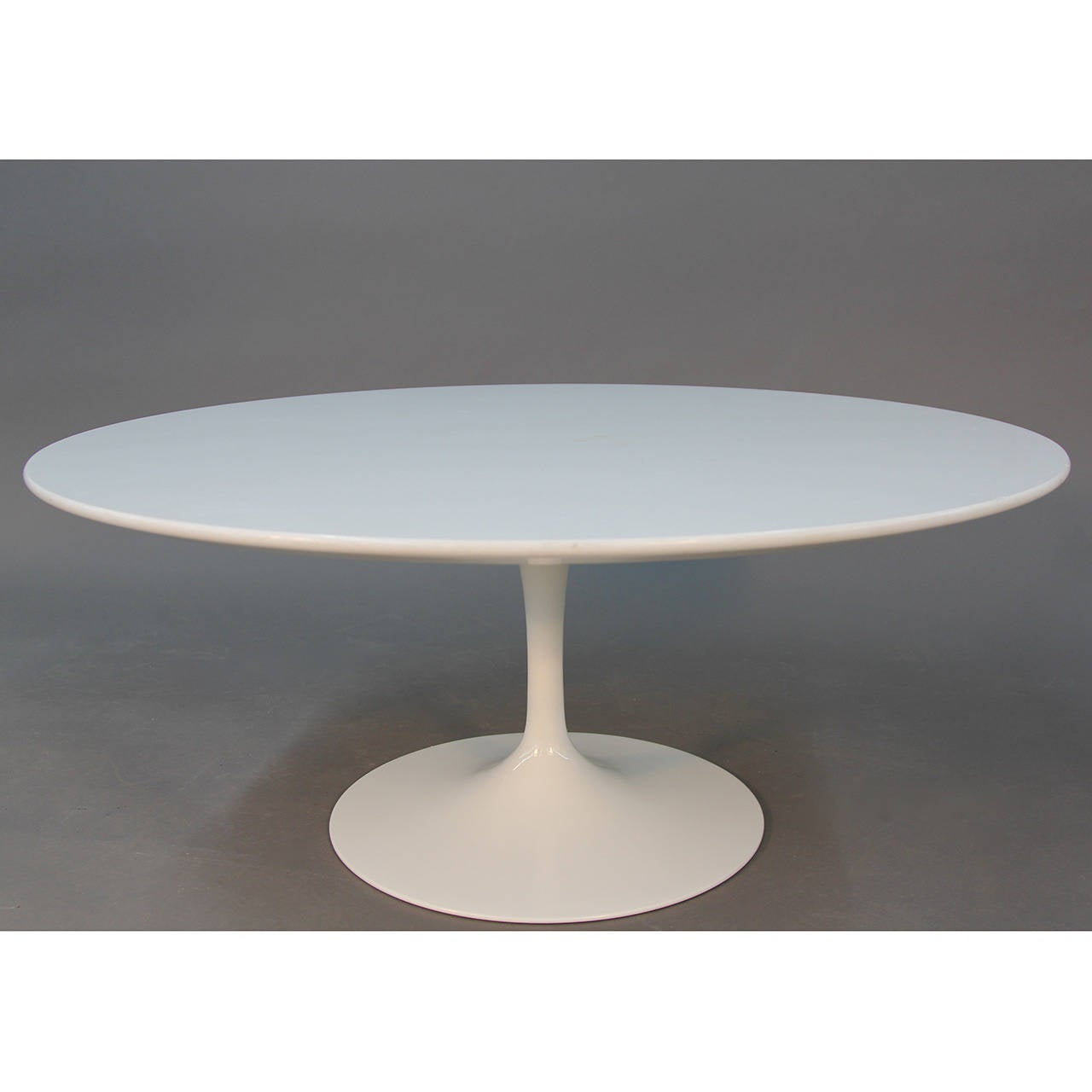 marble top knoll eero saarinen tulip coffee table at 1stdibs. Black Bedroom Furniture Sets. Home Design Ideas