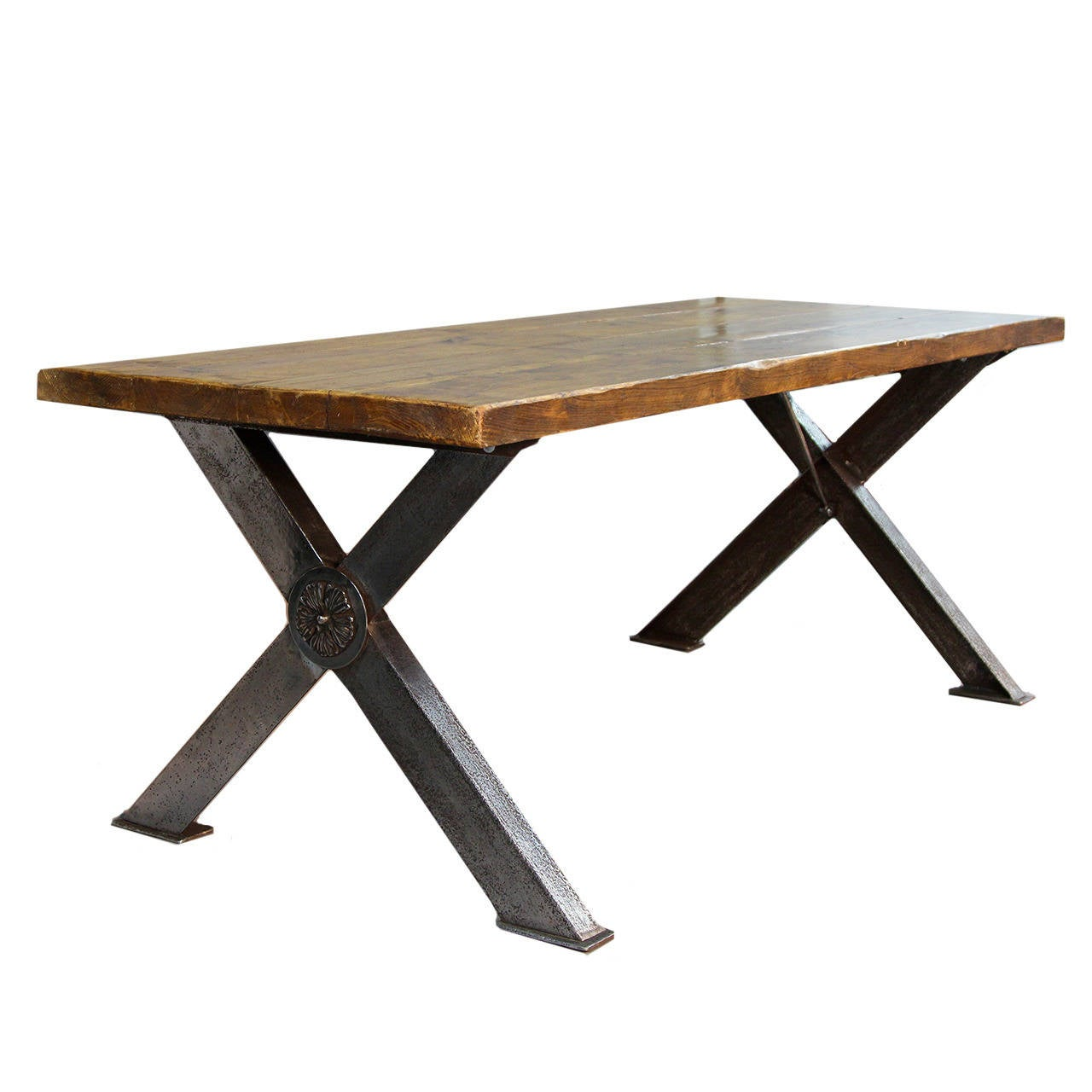 English X-Frame Polished Steel Base Table In Excellent Condition For Sale In Norwalk, CT