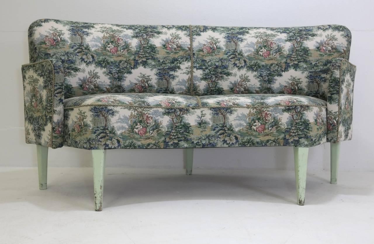 Historical sofas from divan two in tivoli garden for Divan 2 tivoli