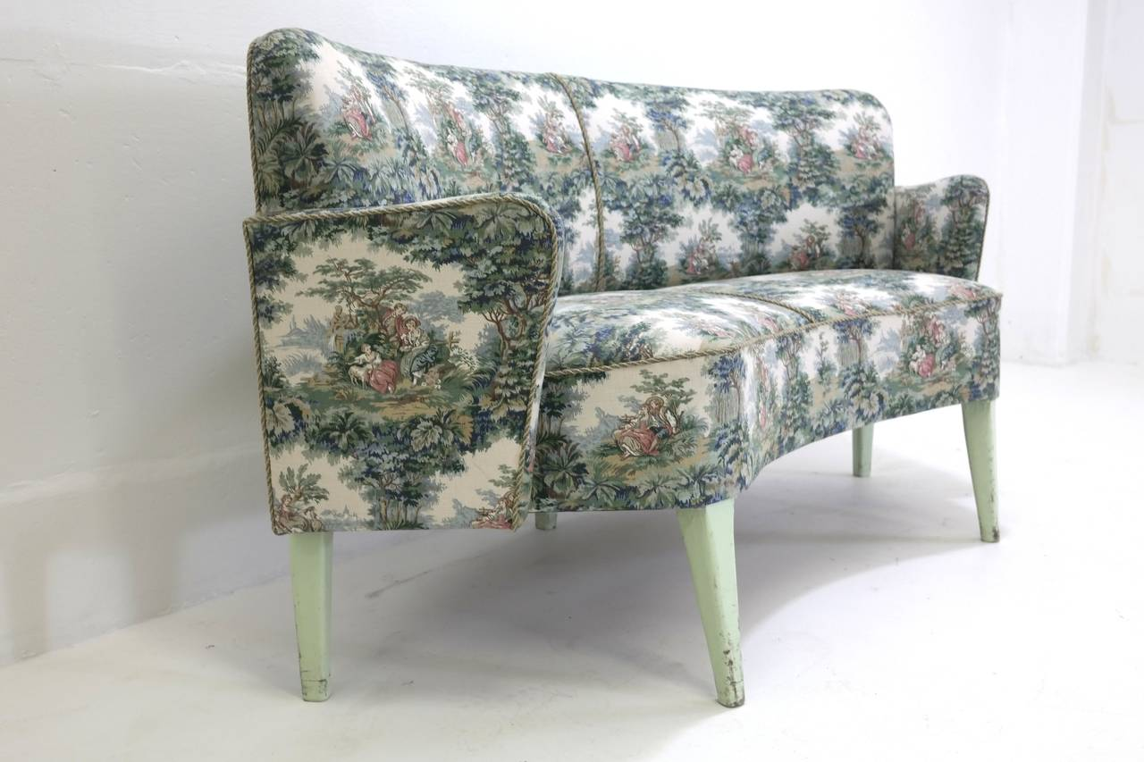Historical sofas from divan two in tivoli garden for Divan 1 tivoli