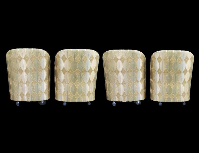 Mid Century Modern Outstanding Set Of Four Milo Baughman For Thayer Coggin Barrel  Chairs On