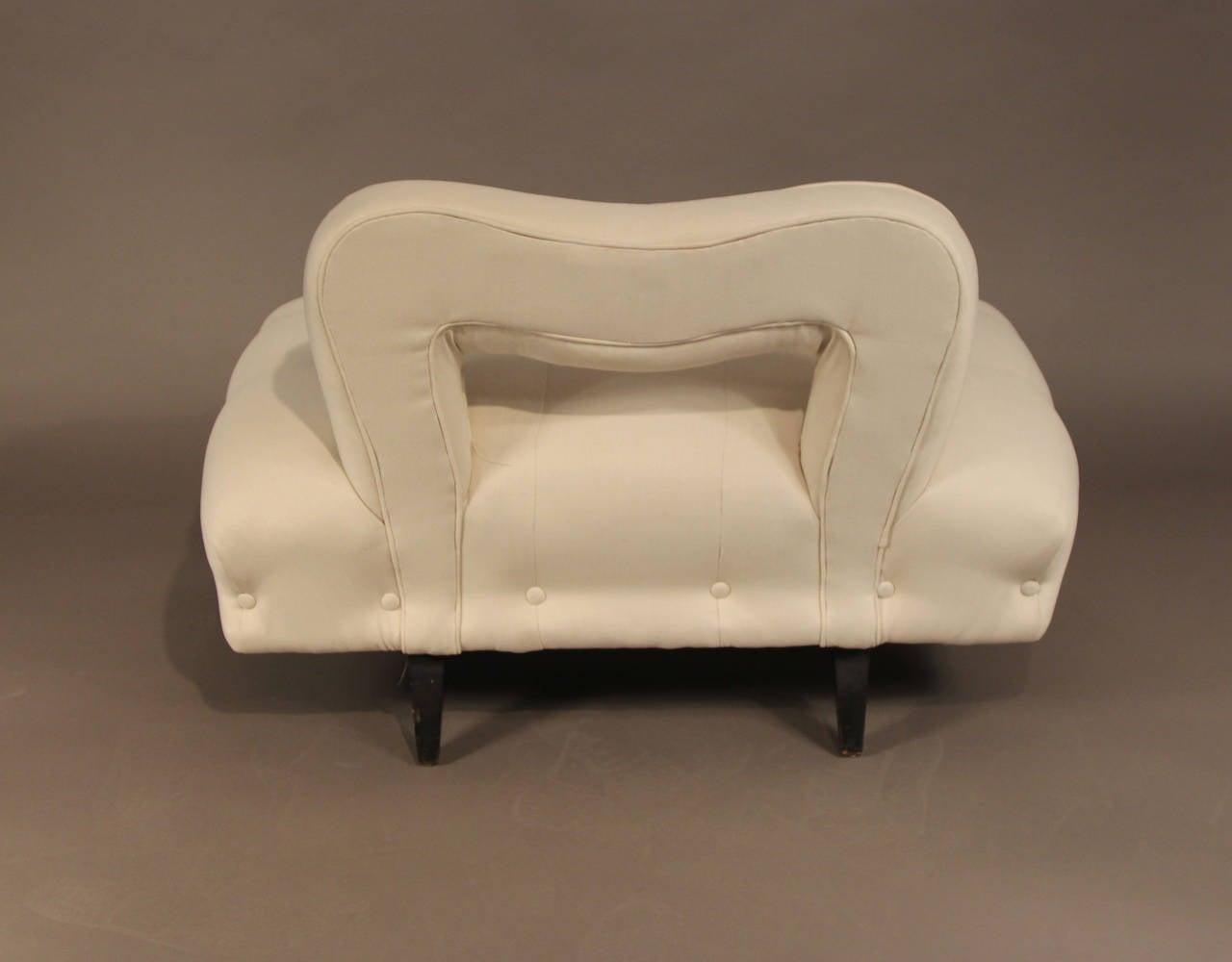 James mont divan settee for sale at 1stdibs for Divans for sale