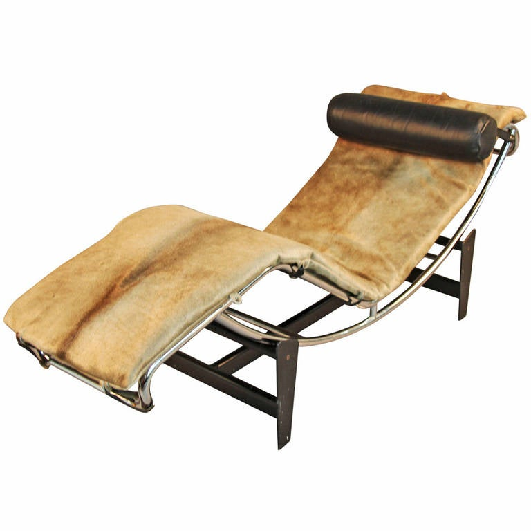 Vintage le corbusier lc4 style chaise lounge at 1stdibs for Antique style chaise lounge