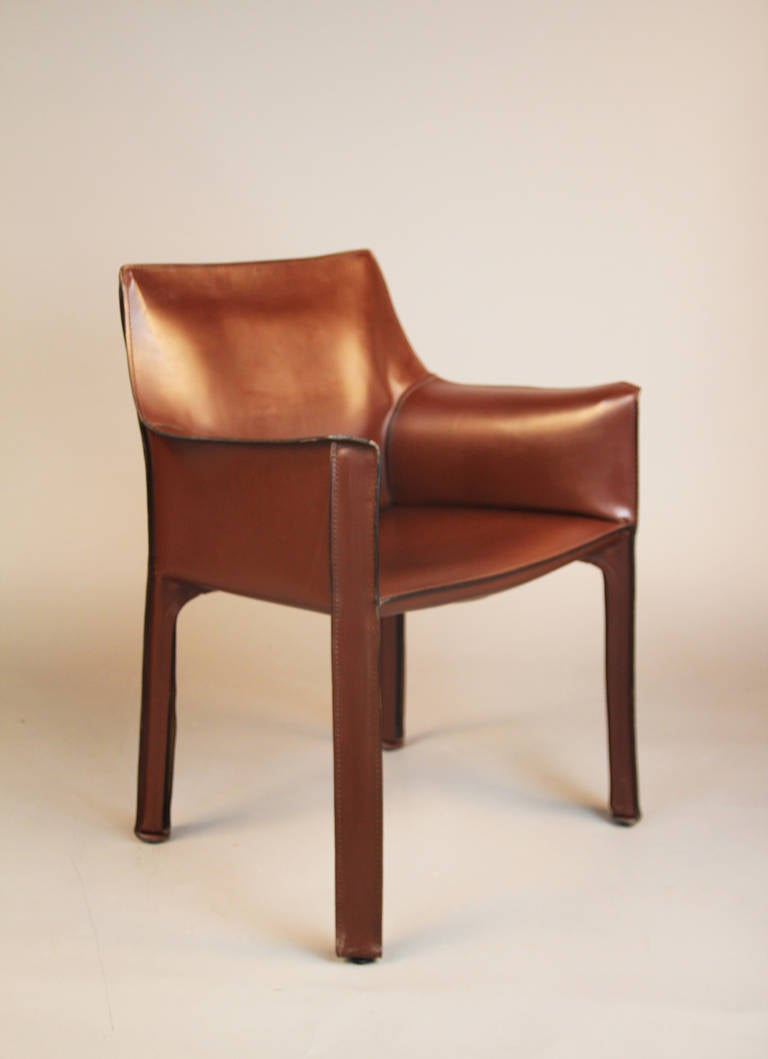 pair of cassina cab 413 chairs at 1stdibs