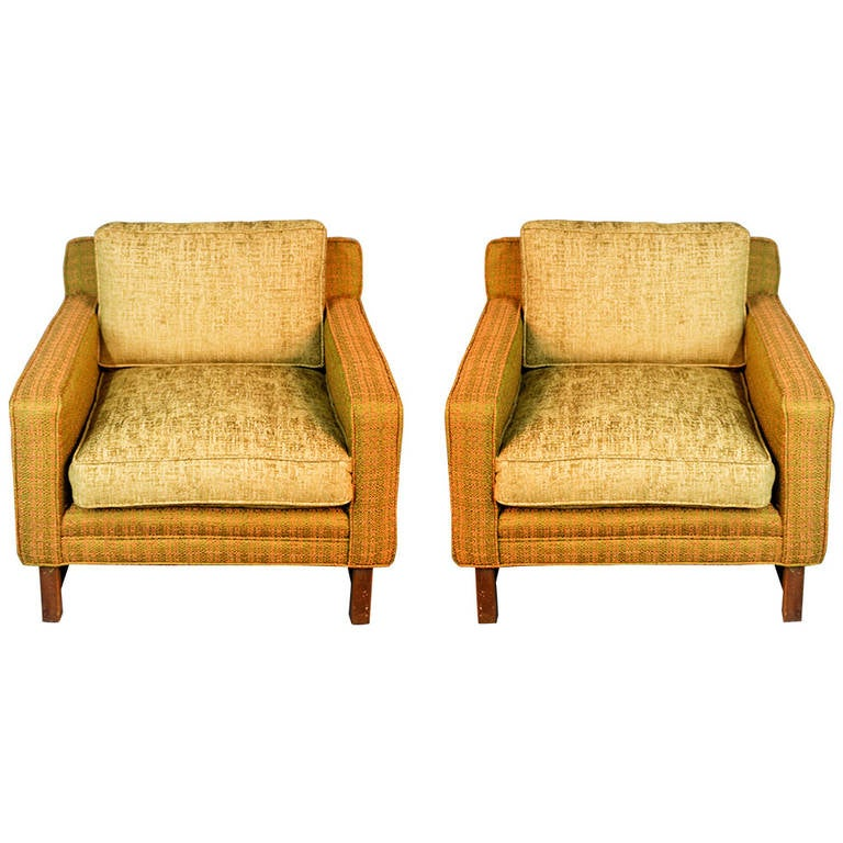 Pair Of Directional Design Tuxedo Club Chairs By Sedgefield 1