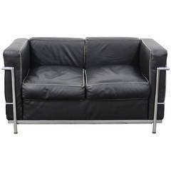LC2 Le Corbusier Love Seat