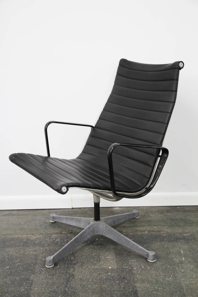 pair of eames outdoor group planner chairs at 1stdibs. Black Bedroom Furniture Sets. Home Design Ideas