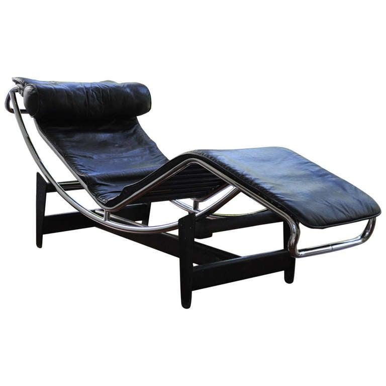 896827. Black Bedroom Furniture Sets. Home Design Ideas