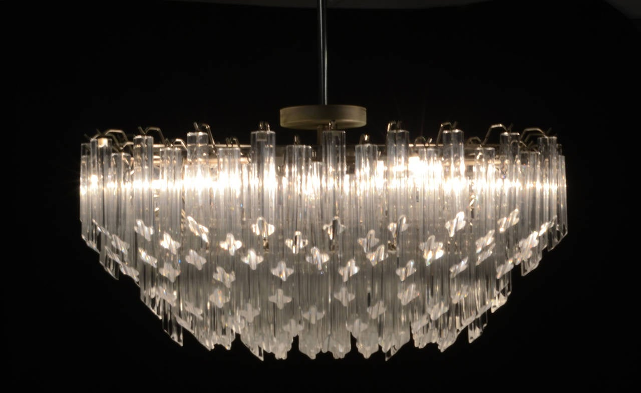 Venini Style Murano Chandelier By Camer In Oval Shape At