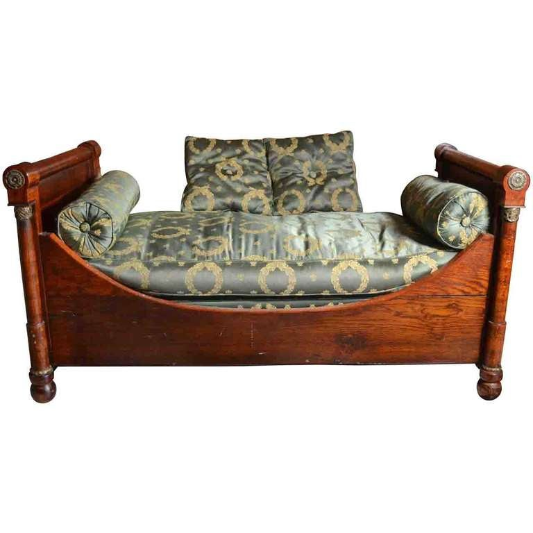 French empire style child 39 s daybed sofa at 1stdibs for Empire style bed