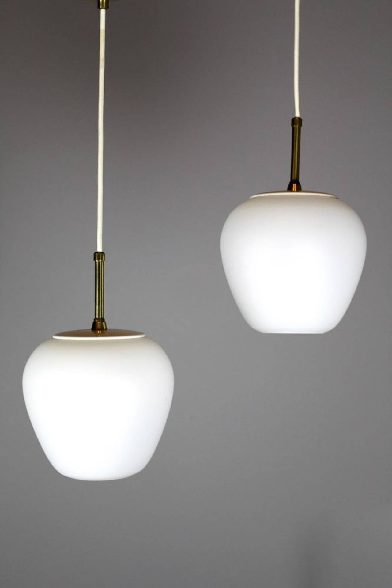 Mid century modern italian style pendant lights at 1stdibs for Mid century modern pendant light fixtures