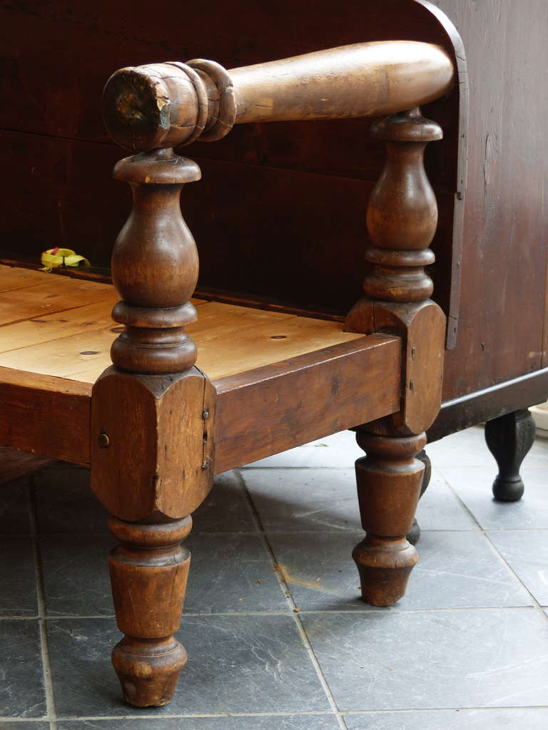 Canadian Country Bench At 1stdibs