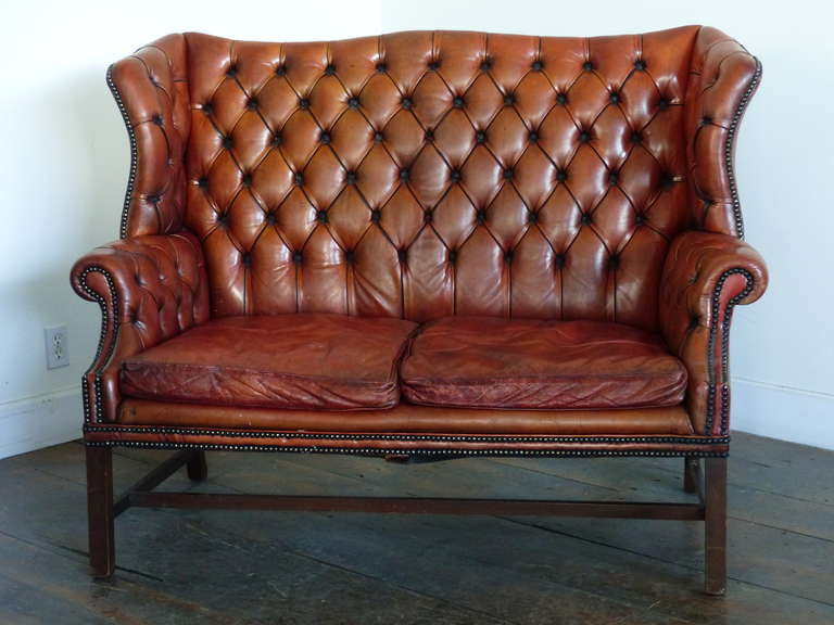 Good Quality Worn Leather Sofa In Fine Condition With Pattern Solid Confortable And