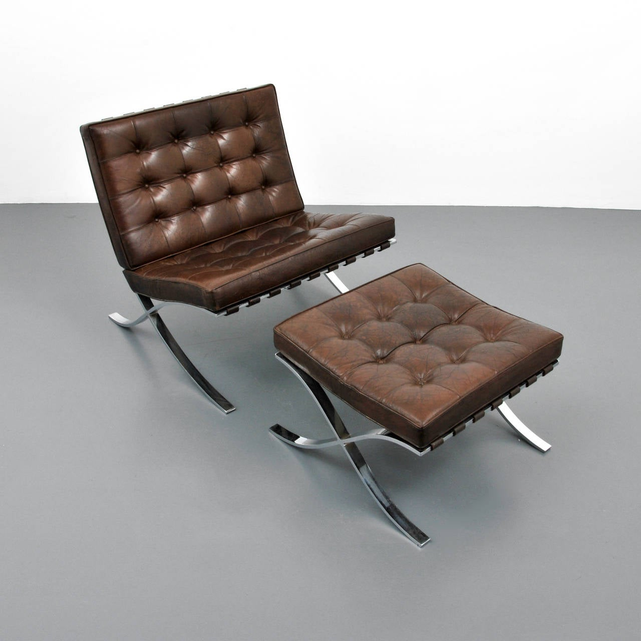 mies van der rohe barcelona chair and ottoman knoll at 1stdibs. Black Bedroom Furniture Sets. Home Design Ideas