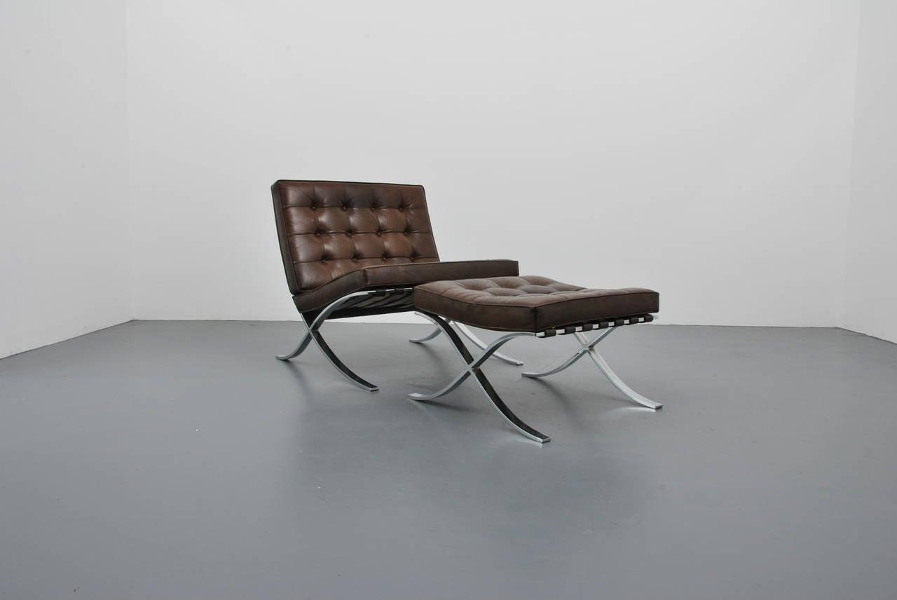 Barcelona chair brown - Mies Van Der Rohe Barcelona Chair And Ottoman