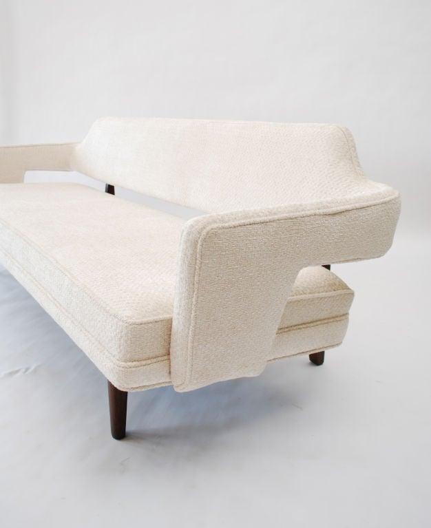 Fine Sofa by Edward Wormley 4