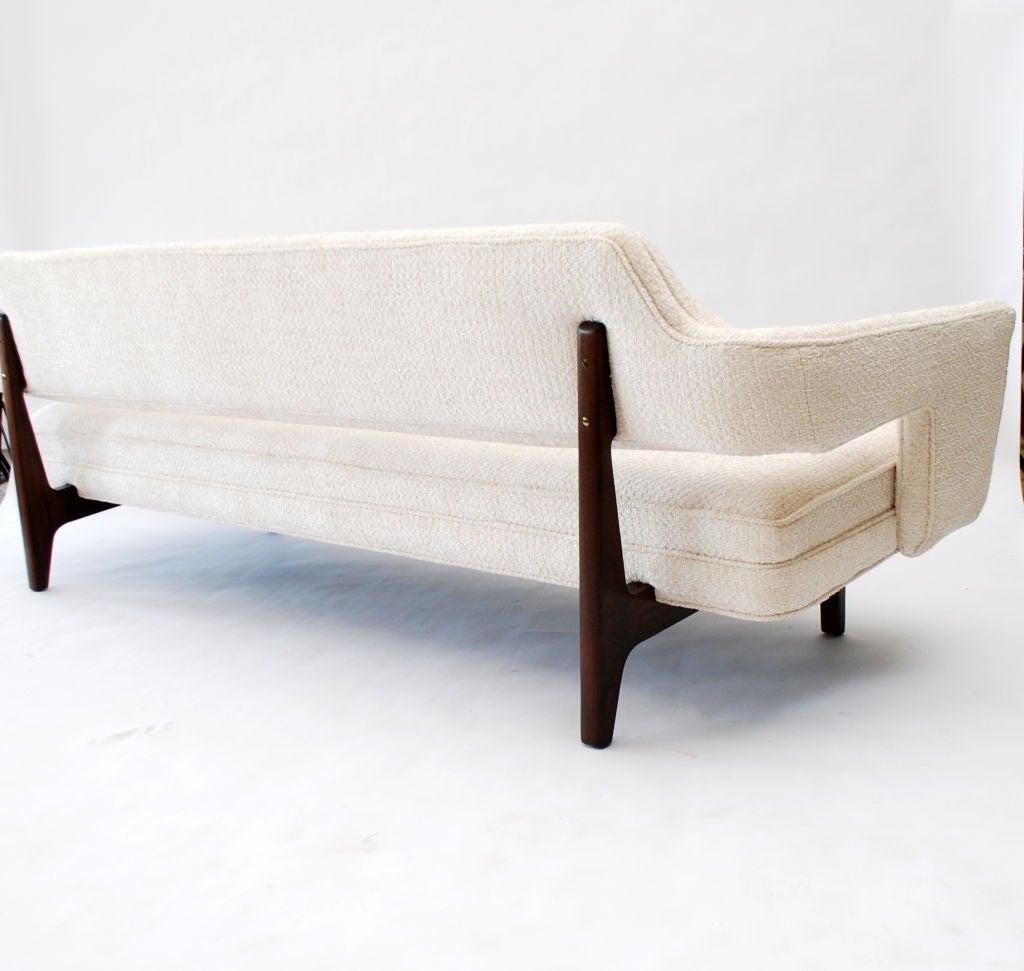 Fine Sofa by Edward Wormley 6
