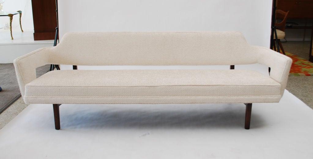 Fine Sofa by Edward Wormley 9