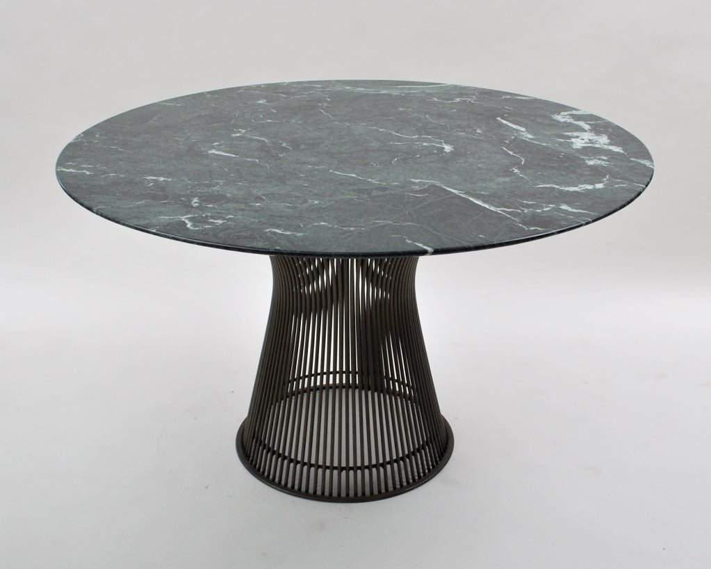 Verde alpi marble top dining table by warren platner at for Table warren platner