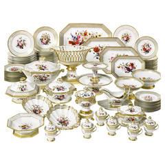 """Old Paris"" Porcelain Dinner Service with Floral Decoration"
