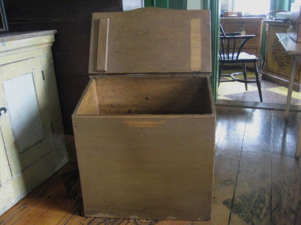 Painted pine flour bin at 1stdibs for Interior design 02554