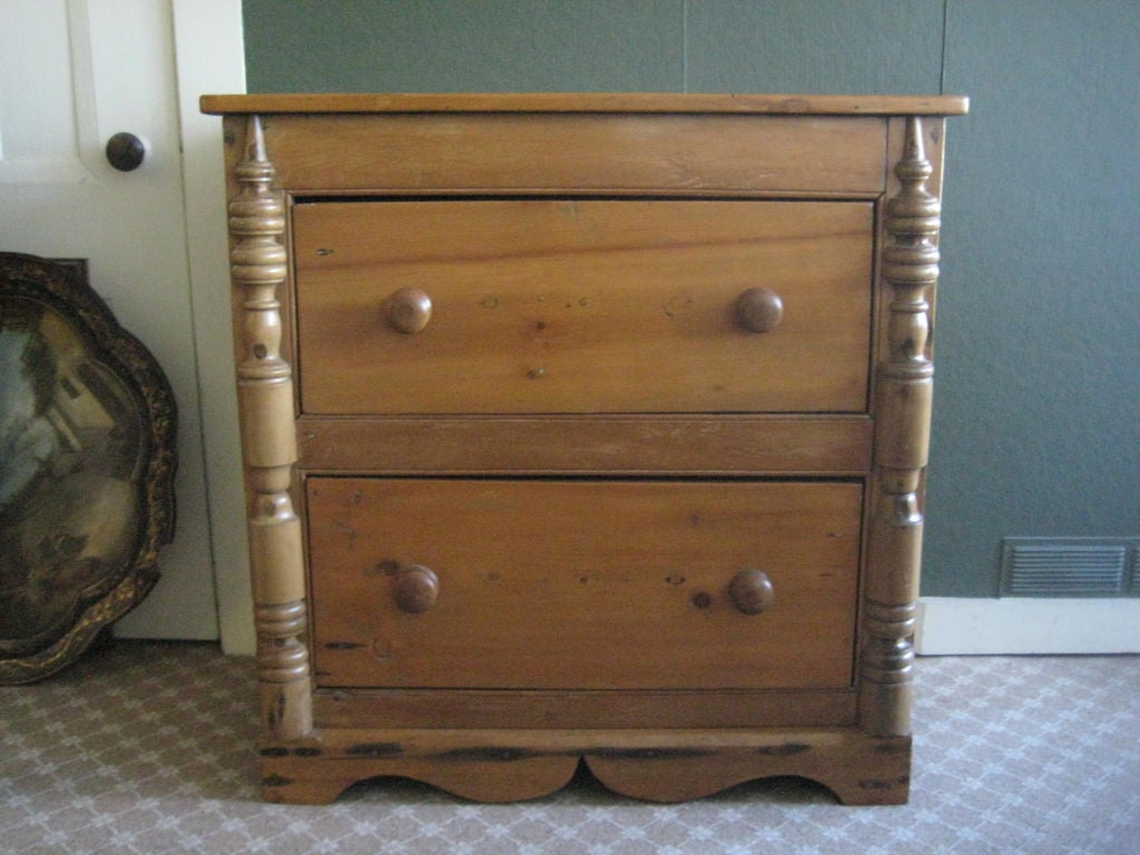Small Pine Chest Of Drawers At 1stdibs