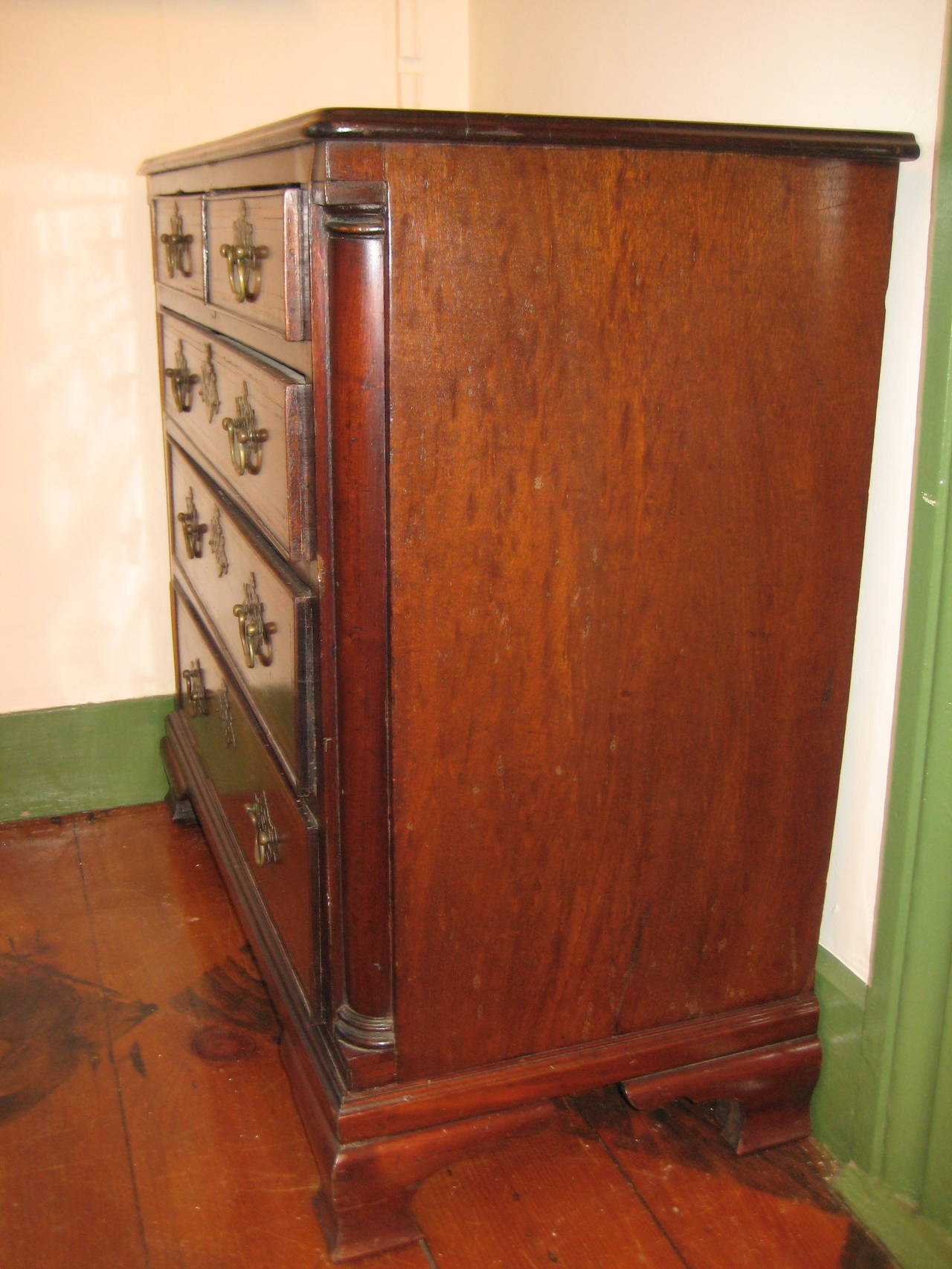 Great Britain (UK) Mahogany Chest of Drawers For Sale
