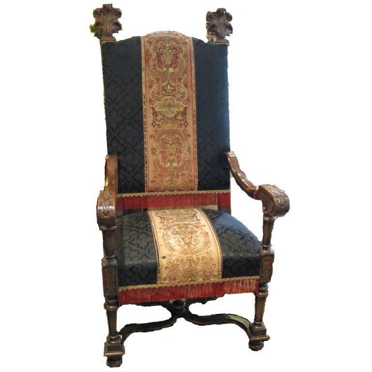 Throne Chairs at 1stdibs