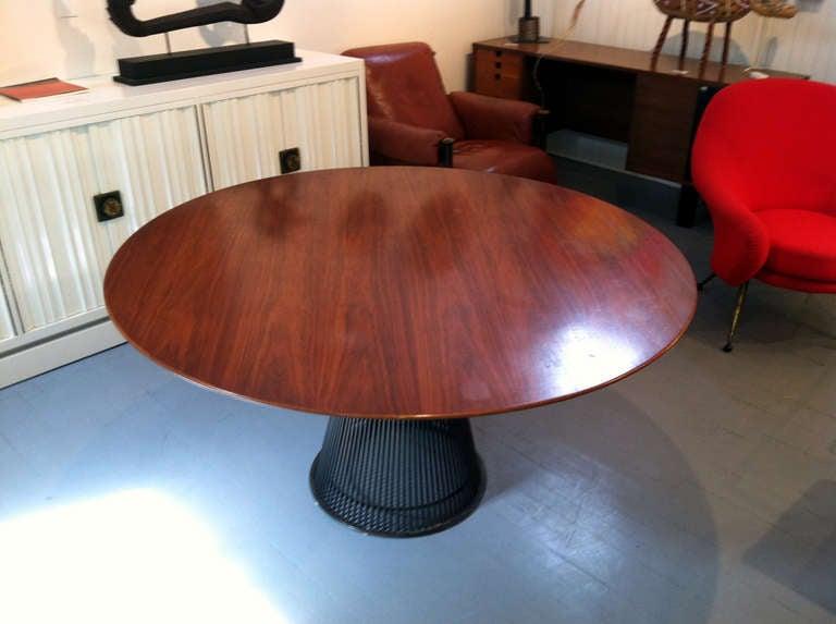 Vintage Warren Platner Round Dining Table Bronze Base  : IMG3742l from www.1stdibs.com size 768 x 573 jpeg 39kB
