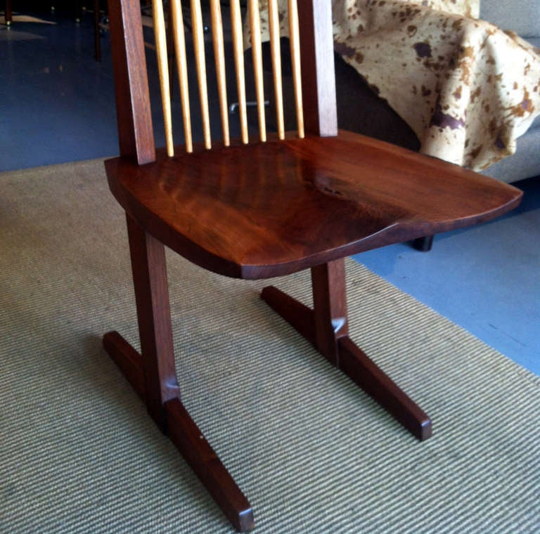 A Special Walnut Conoid Chair by George Nakashima In Good Condition For Sale In North Miami, FL