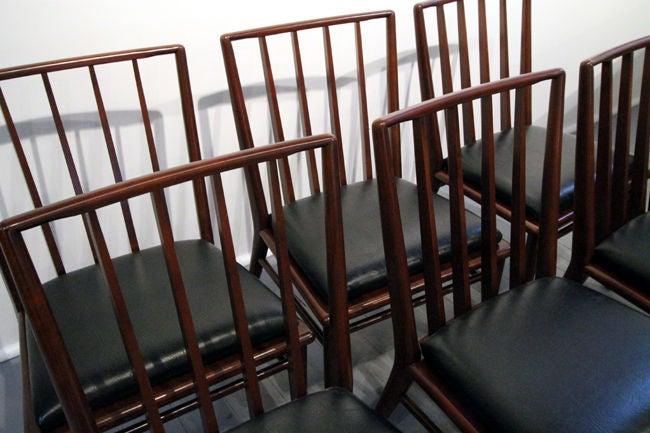 Set of Six walnut dining chairs T.H. Robsjohn-Gibbings Widdicomb In Good Condition For Sale In Atlanta, GA