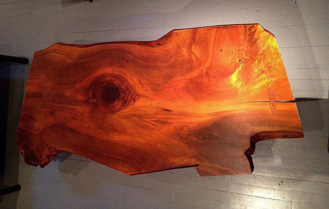 Early Large Walnut Coffee Table by George Nakashima In Good Condition In Atlanta, GA