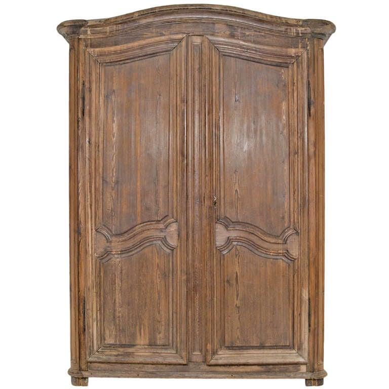 armoire grande hauteur id e inspirante pour la conception de la maison. Black Bedroom Furniture Sets. Home Design Ideas
