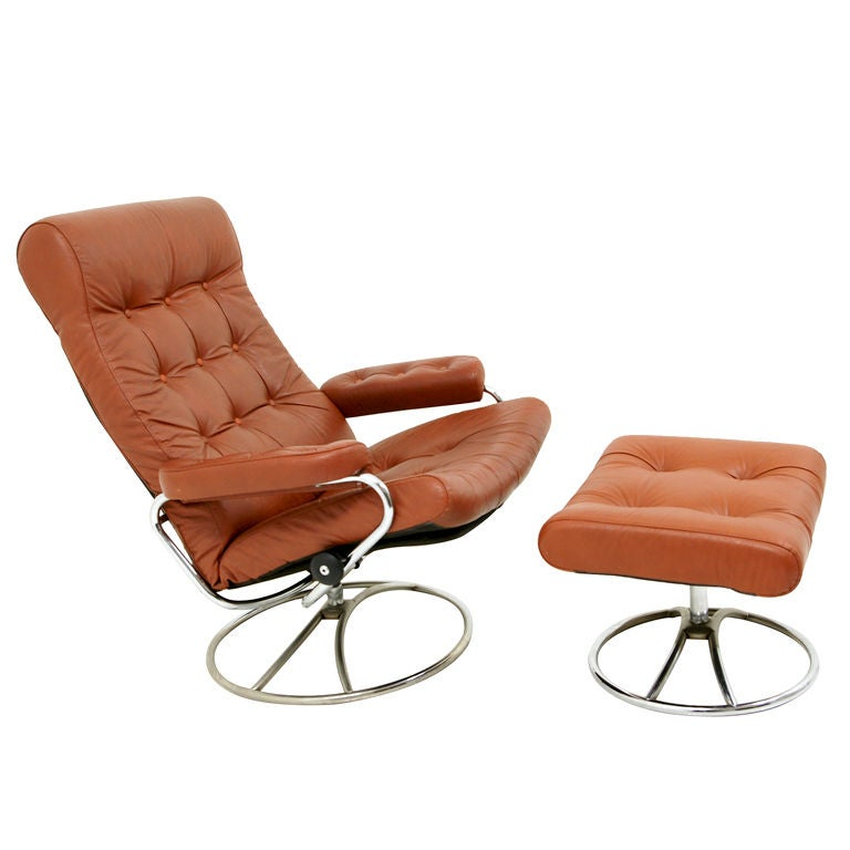 Original Leather Stressless Swivel Lounge Chairs By Ekornes At 1stdibs