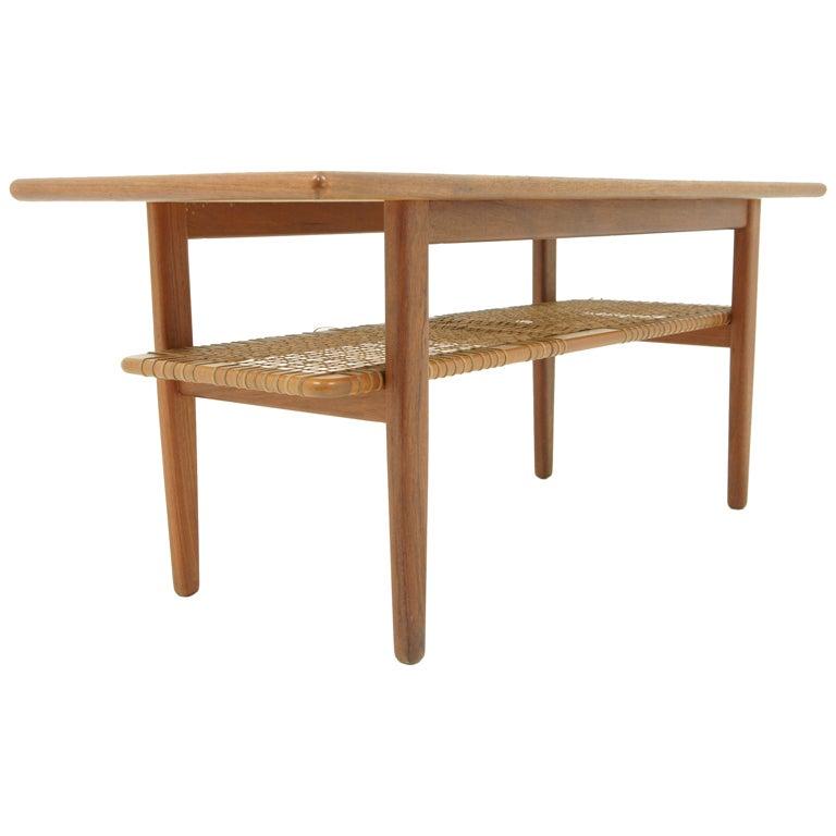 Danish Modern Teak Coffee Table With Shelf at 1stdibs : XXX905413397091651 from www.1stdibs.com size 768 x 768 jpeg 30kB