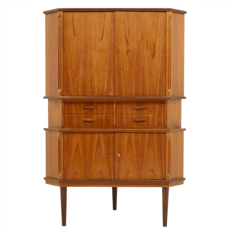 Danish corner bar cabinet at 1stdibs for Sideboard lindholm