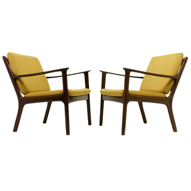 Pair mahogany lounge chairs by ole wanscher at 1stdibs for Outdoor furniture quad cities