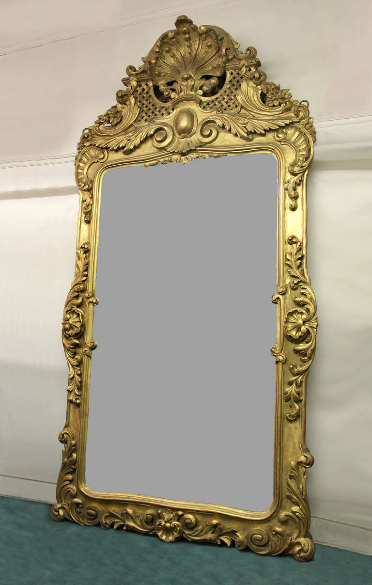Belle Époque A Pair of Large and Great Quality Late 19th Century Hand-Carved Giltwood Mirrors For Sale