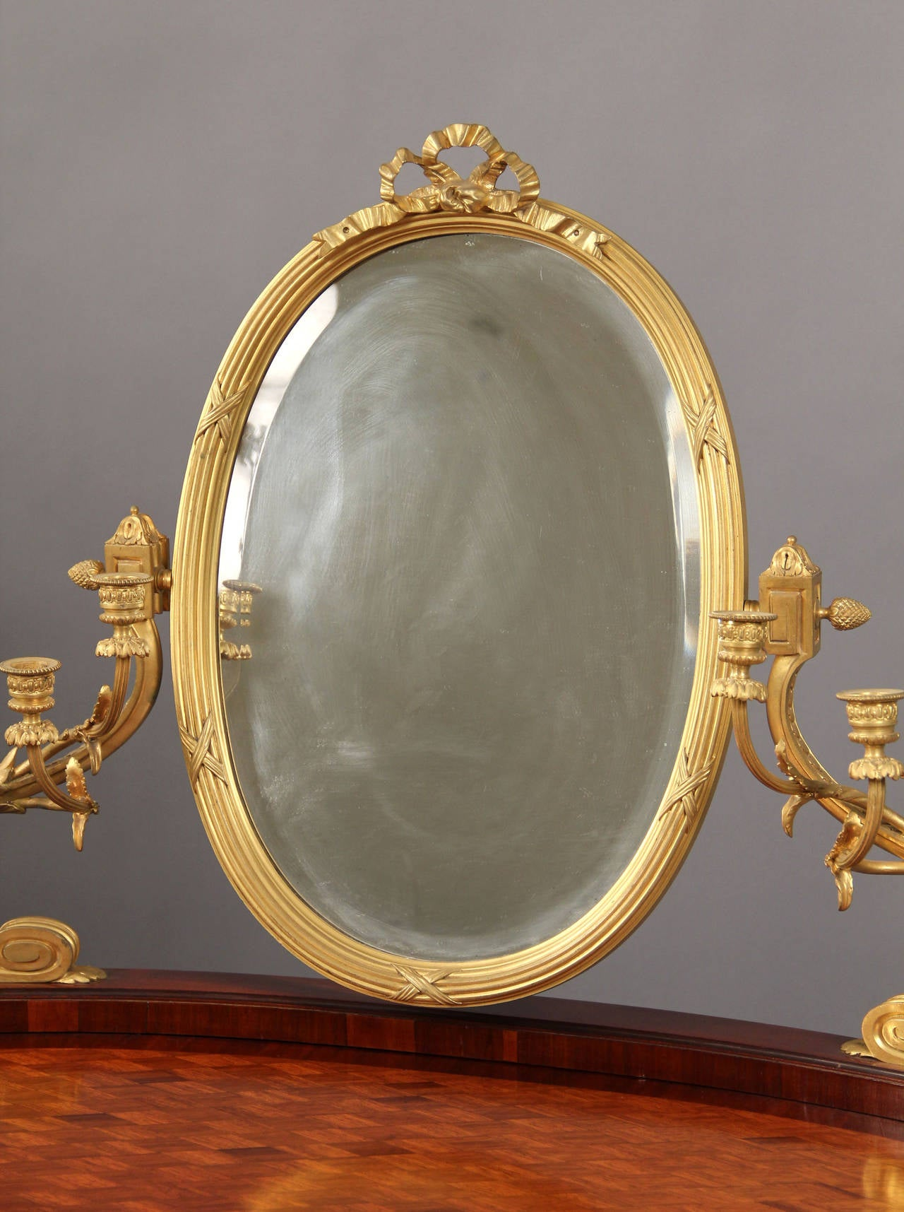 French Late 19th Century Gilt Bronze-Mounted Louis XV Style Dressing Table For Sale
