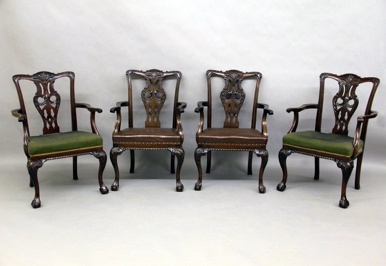 English Large and Fantastic Set of 18 Antique Chippendale Dining Room Chairs For Sale