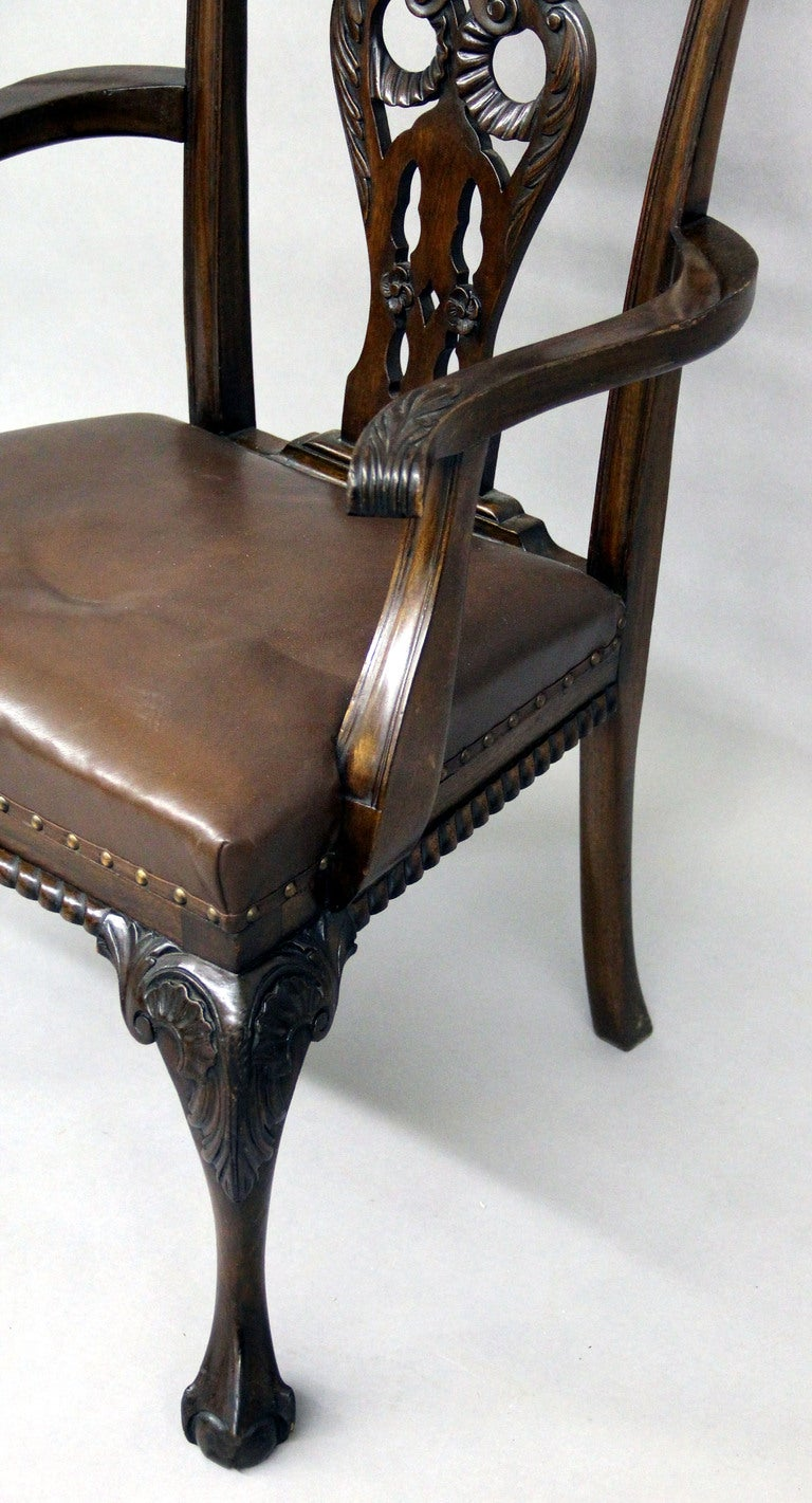 Large and Fantastic Set of 18 Antique Chippendale Dining Room Chairs For Sale 2