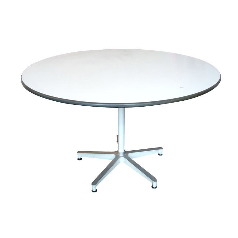 Table bois eames for Chaise eames bois
