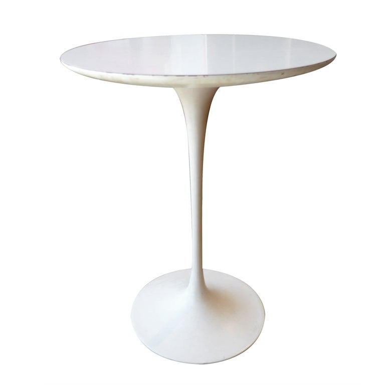 eero saarinen tulip side table for knoll international at 1stdibs. Black Bedroom Furniture Sets. Home Design Ideas